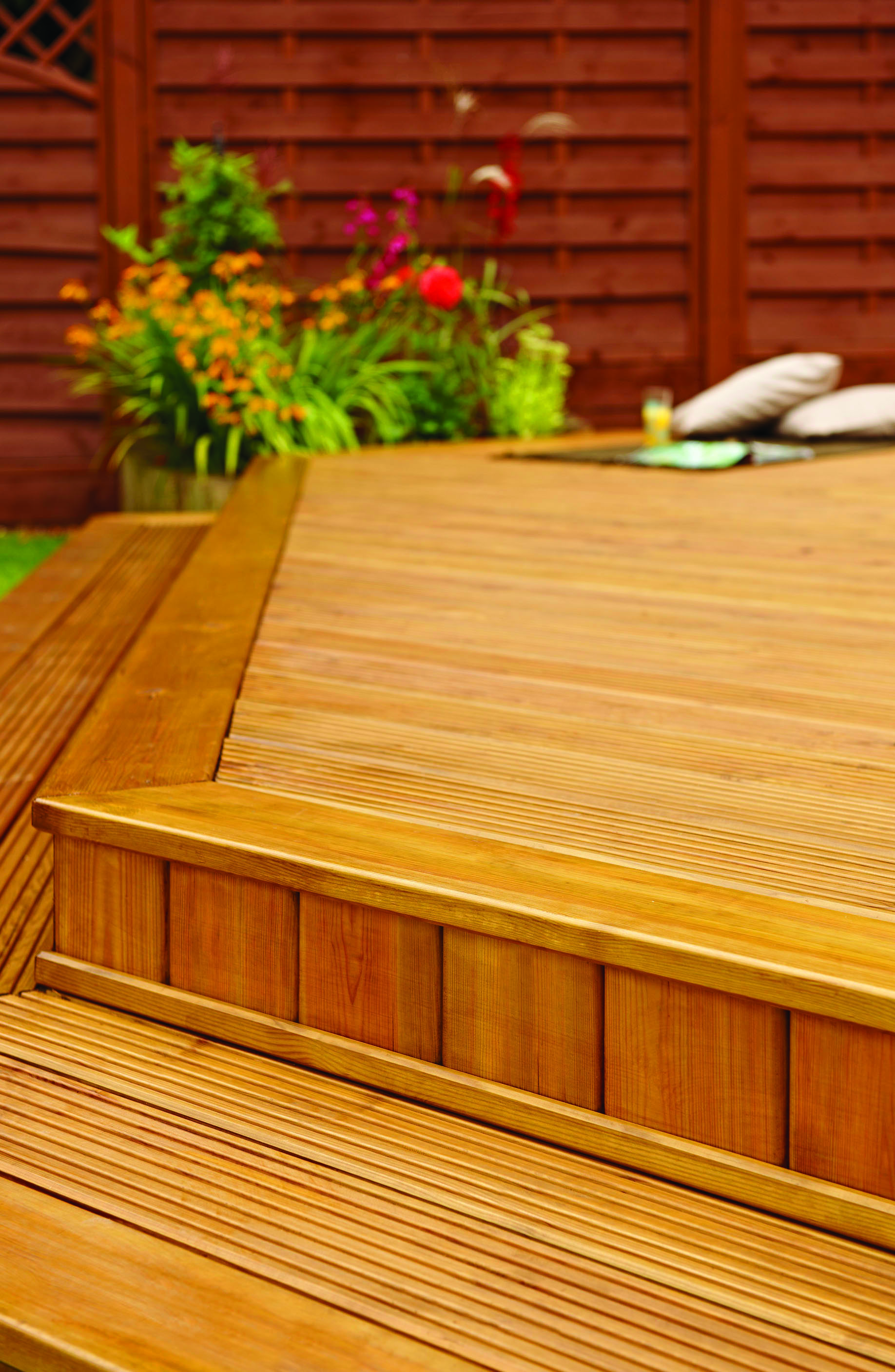 20 Timber Decking Designs That Can Append Beauty Of Your: 32x125mm Treated Softwood Decking