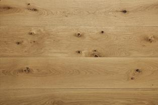 Blenheim Natural Oak Brushed & Oiled Flooring 20x189mm